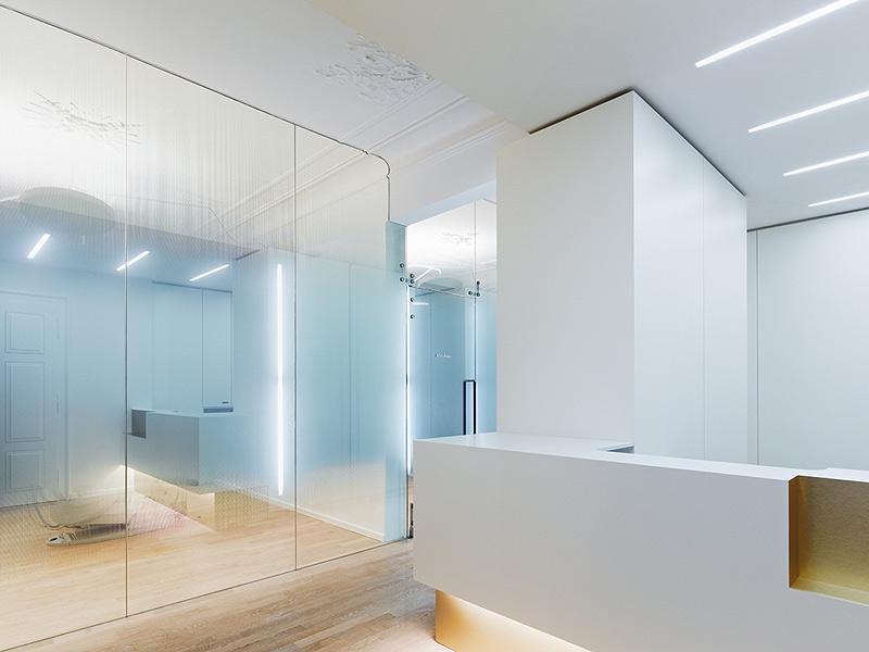 Cl nica dental en un edificio hist rico por ippolito fleitz - Clinicas dentales diseno ...
