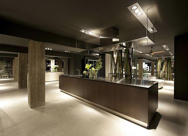 Nueva tienda boffi en madrid 500 m2 en pleno barrio de salamanca interiores minimalistas - Muebles madrid sevilla ...