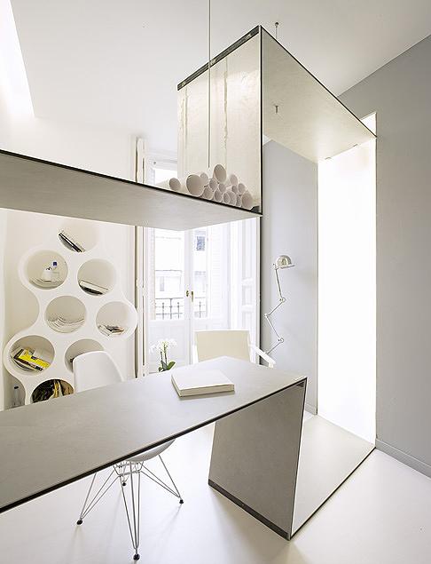 El refugio minimalista de s28 arquitectura en casa decor - Arquitectura de interiores madrid ...