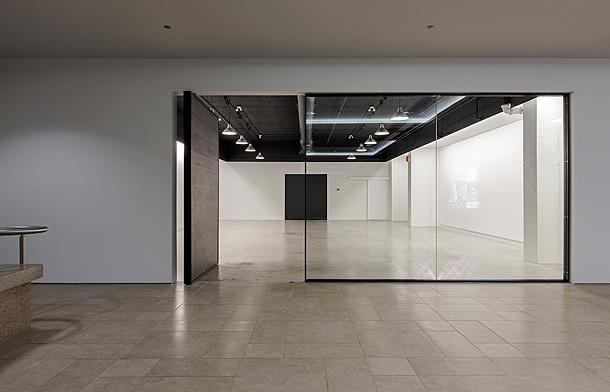 Stockholm Furniture Fair : Atelier rzbld diseña una galería de arte en toronto
