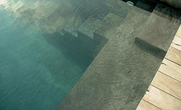Revestimiento continuo para piscinas bealmortex for Revestimientos de piscinas