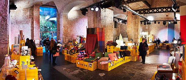 Del 21 al 24 de diciembre vuelve el designmarket a la for La fabrica del mueble sevilla