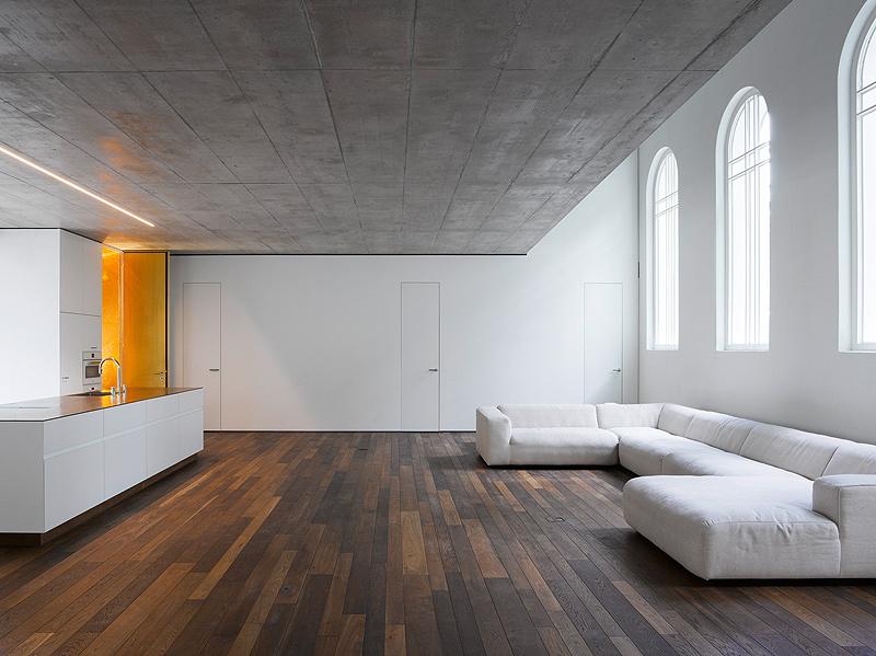 de-capilla-a-vivienda-morscher-architekten (2)