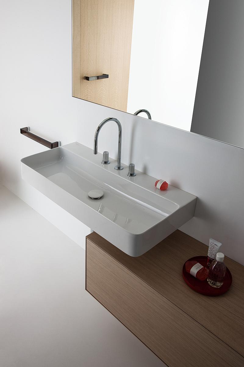 baño-val-konstantin-grcic-laufen (11)