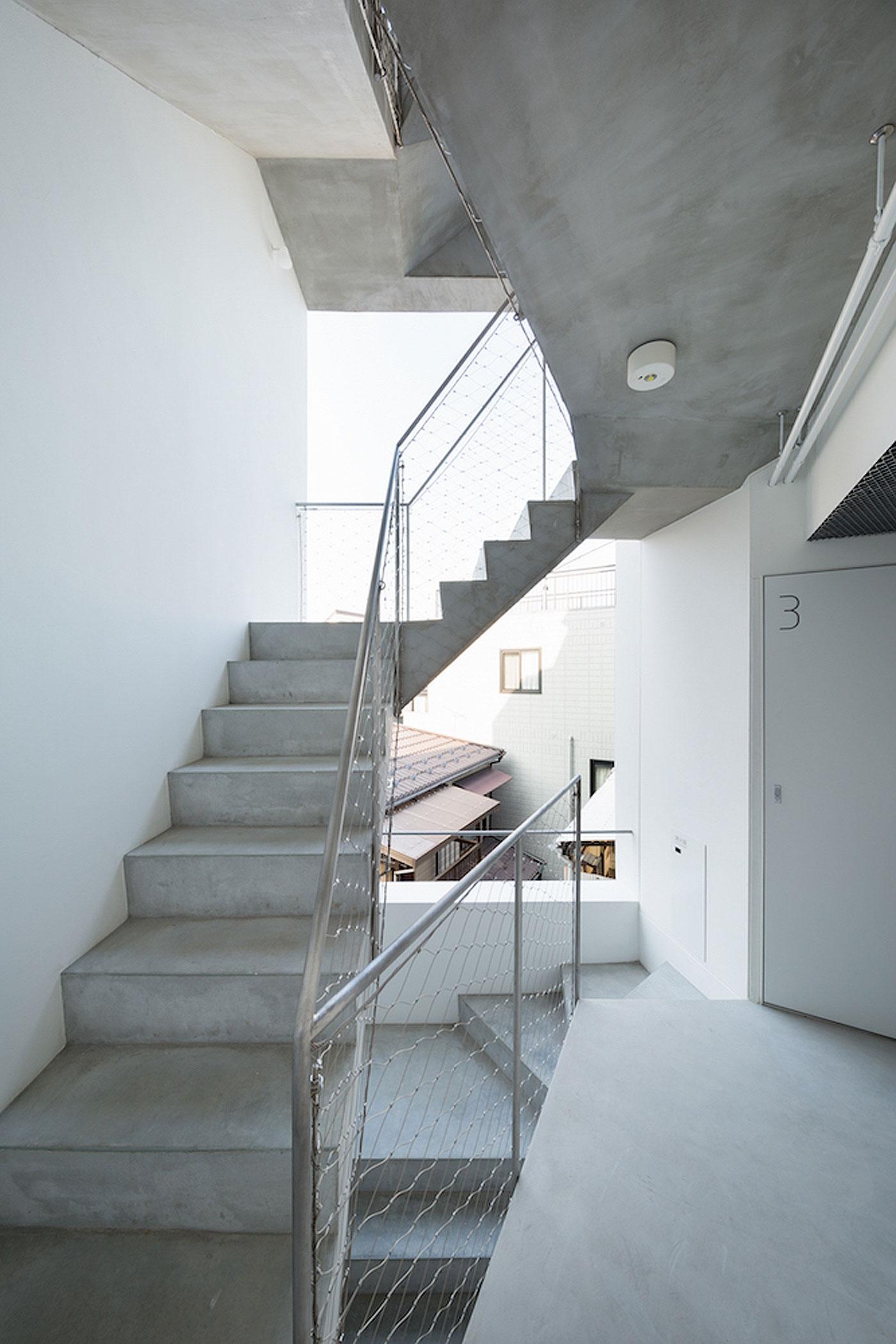 apartamentos-kitasenzoku-tomoyuki-kurokawa (11)