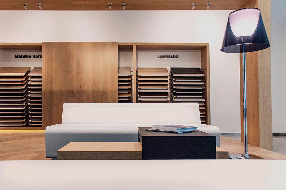 flagship-store-lantic-colonial-by-jorge-herrera-studio (3)