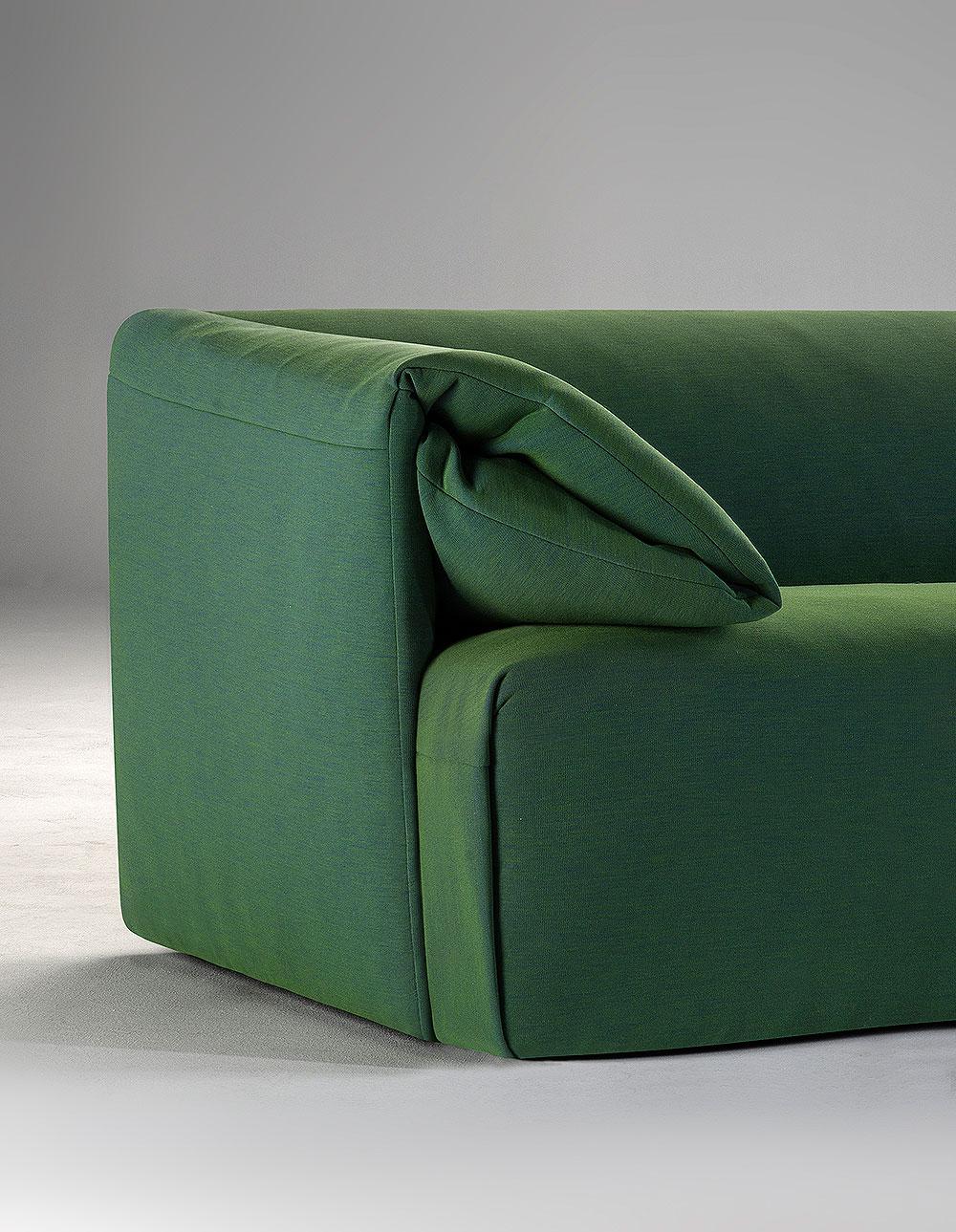 wallace-sofa-toni-palleja-office-carmenes (4)