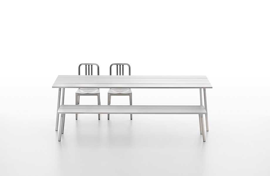 mesas-bancos-estanterias-run-industrial-facility-emeco (3)