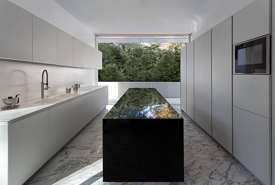 casa-aluminio-fran-silvestre-arquitectos (10)