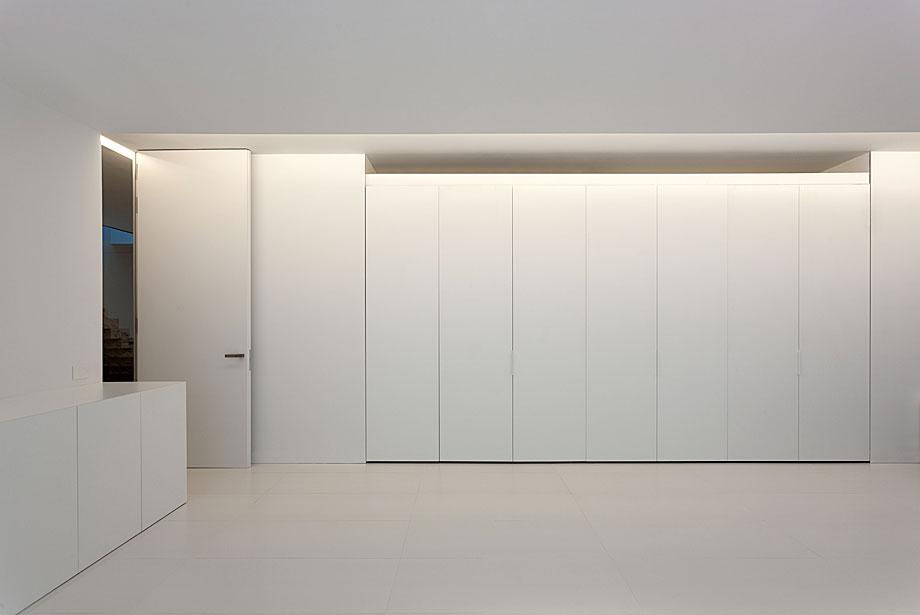 casa-aluminio-fran-silvestre-arquitectos (17)