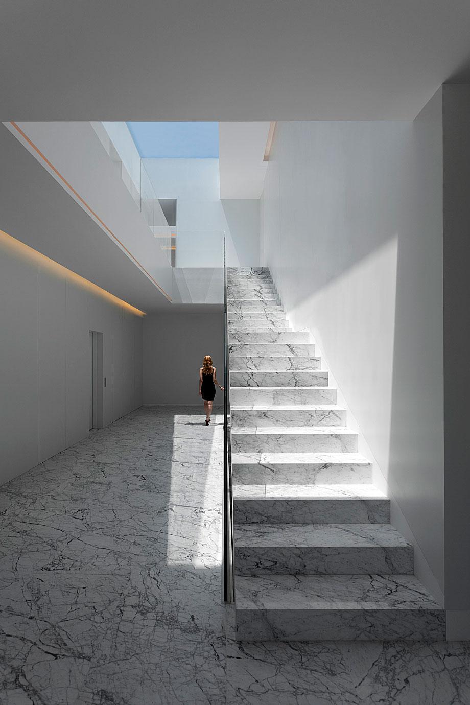 casa-aluminio-fran-silvestre-arquitectos (4)