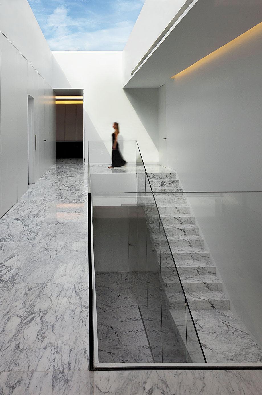 casa-aluminio-fran-silvestre-arquitectos (6)