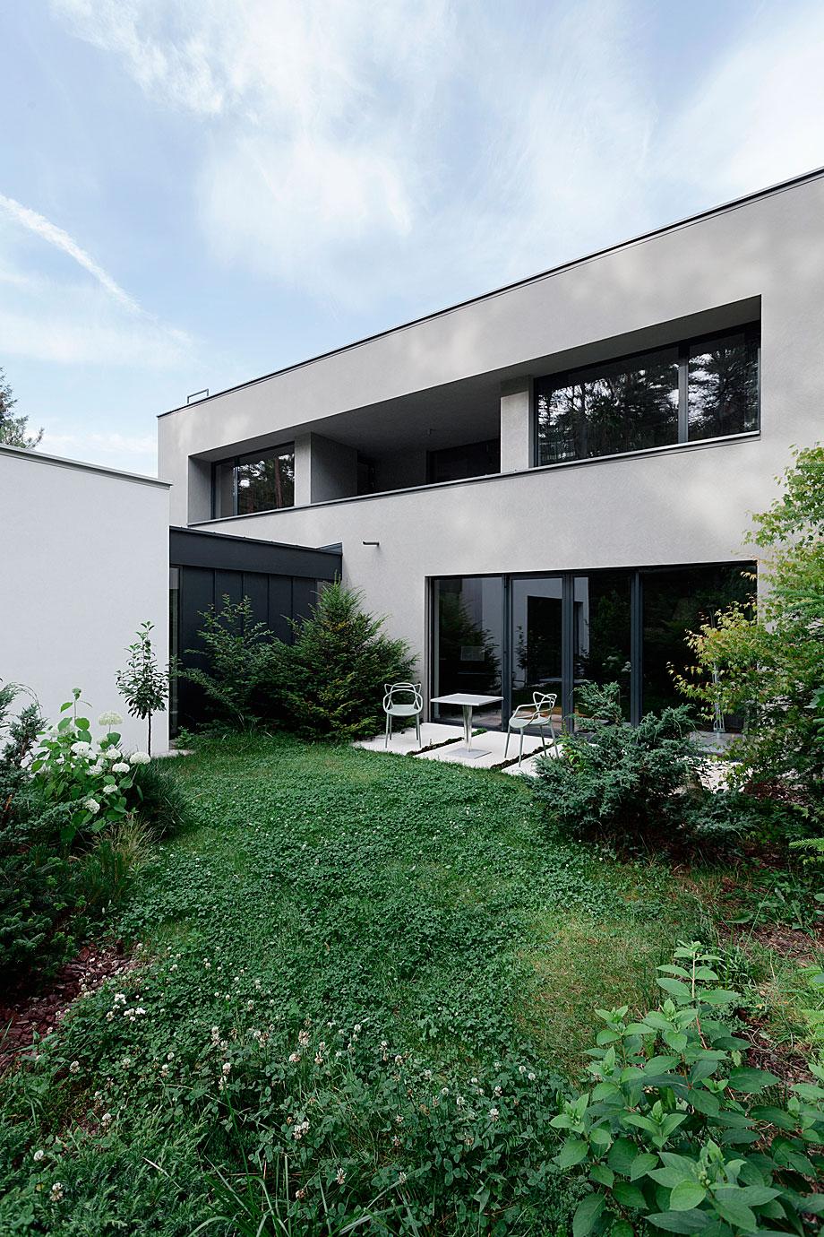 casa-unifamiliar-klanovice-adr-architects-18