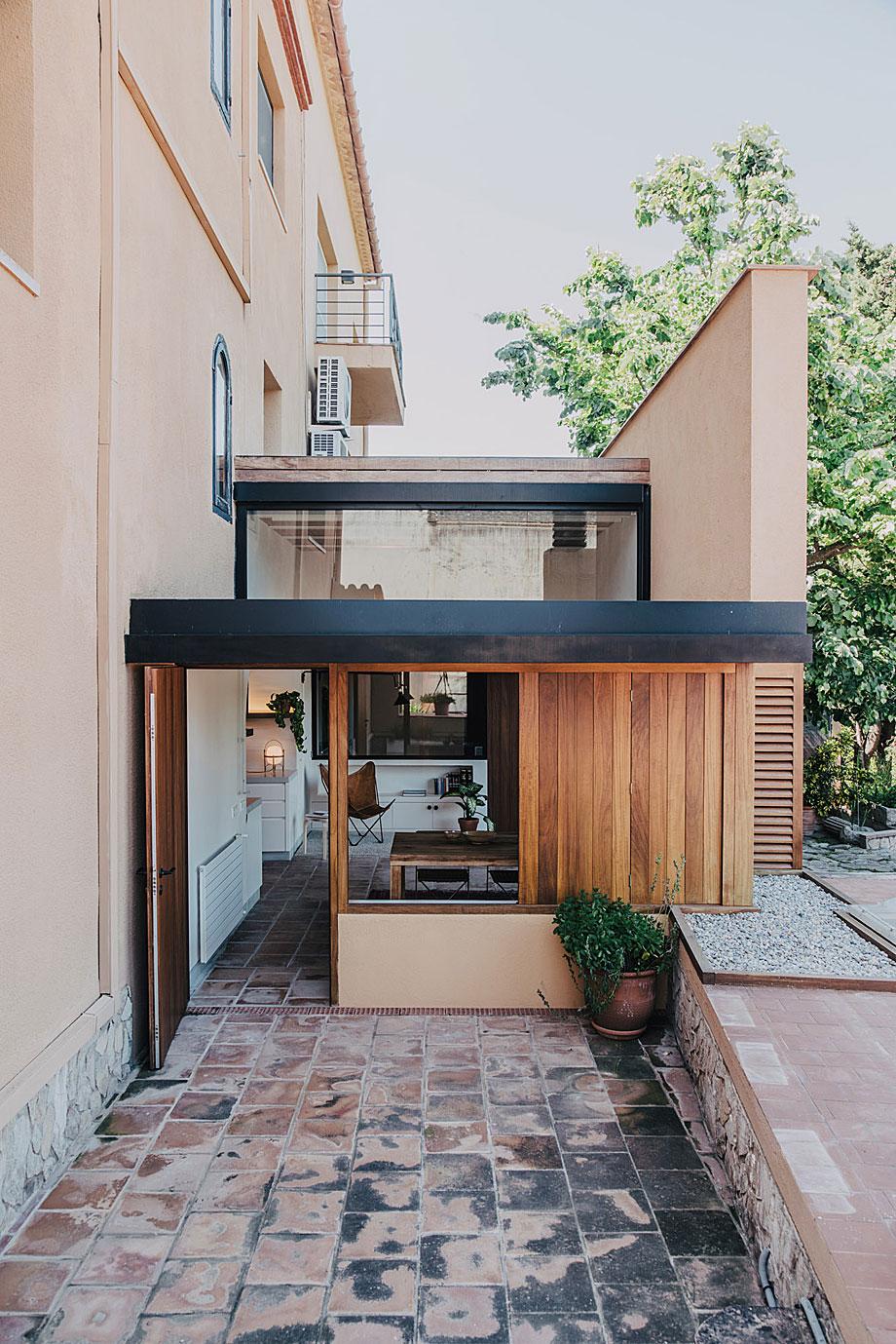 mesura-architecture-sant-mori-ampliacion-girona-housing-project-spain-arquitectura-15