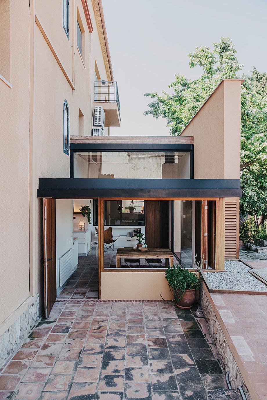 mesura-architecture-sant-mori-ampliacion-girona-housing-project-spain-arquitectura-16