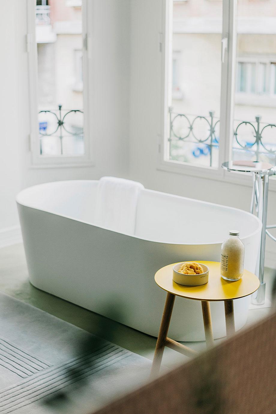 laufen-showroom-baños-madrid-patricia-urquiola (13)