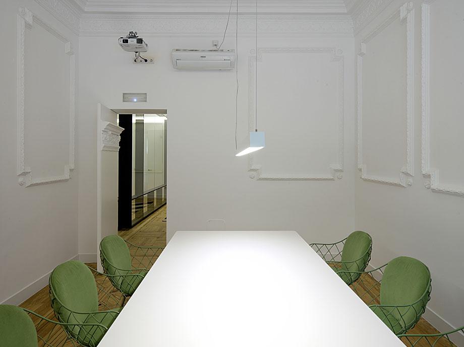 oficinas-ed-abaton-arquitectura-batavia (2)