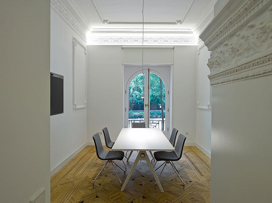 oficinas-ed-abaton-arquitectura-batavia (4)
