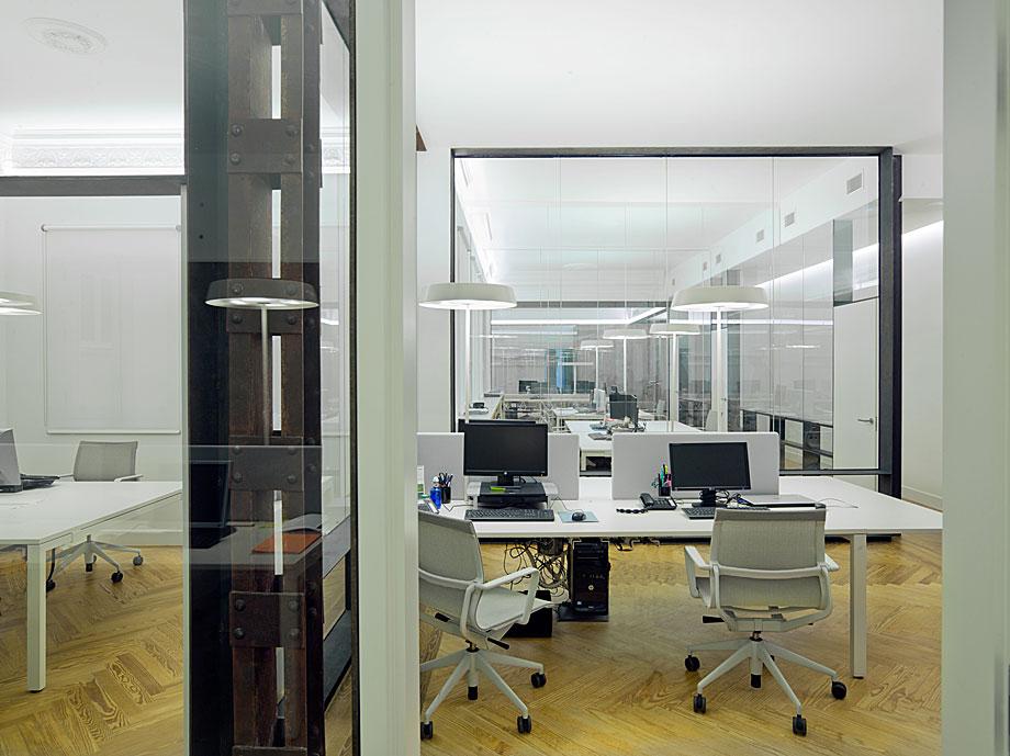 oficinas-ed-abaton-arquitectura-batavia (7)