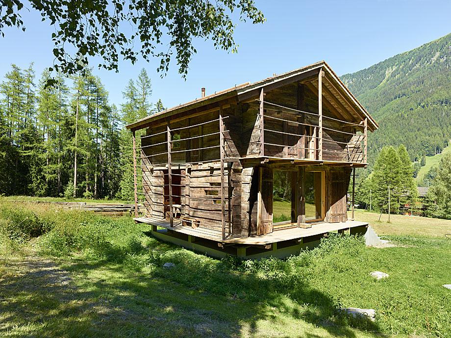 reforma de una casa en la montaña savioz fabrizzi (8)