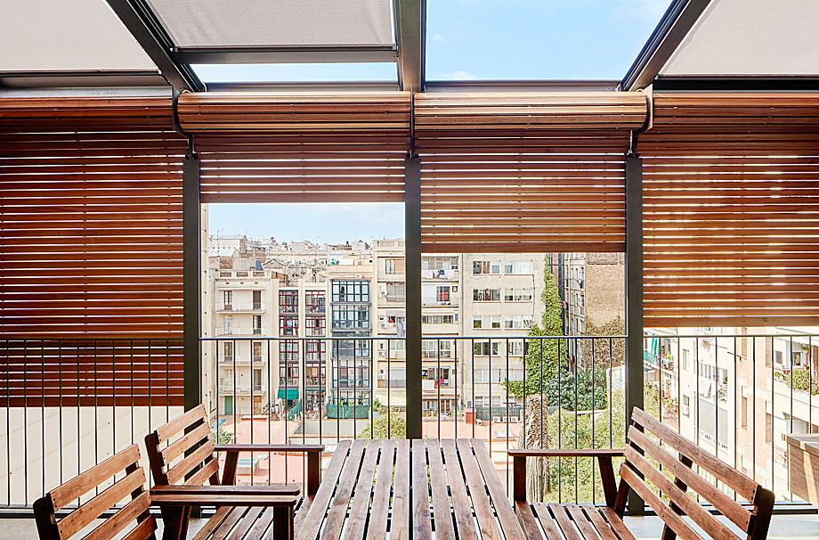 vivienda-enrique-granados-miba-architects-la-casa-por-el-tejado (7)