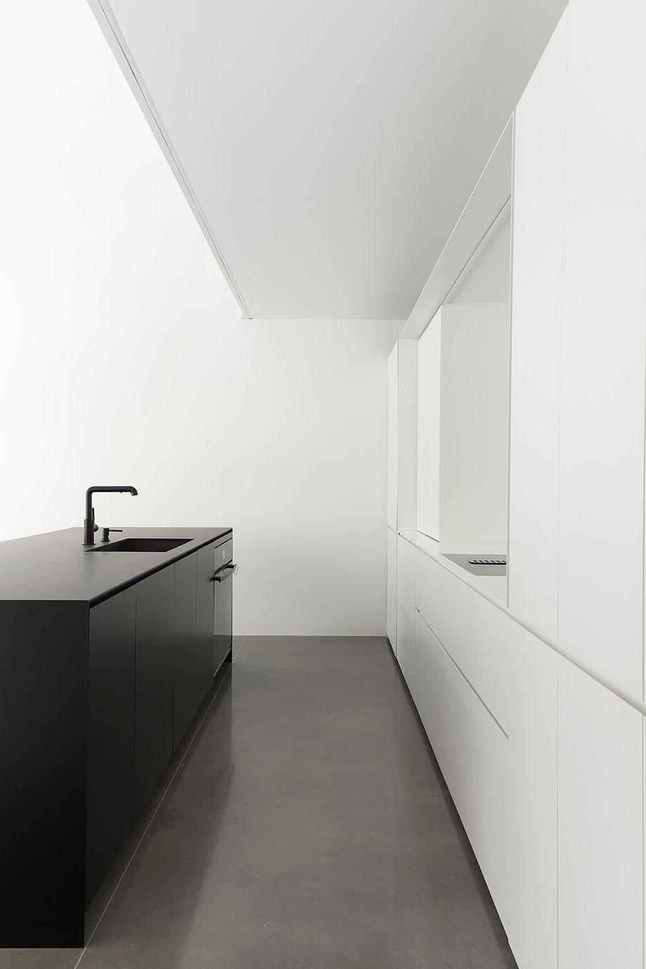 casa-lagarde-montreal-la-shed-architecture (5)
