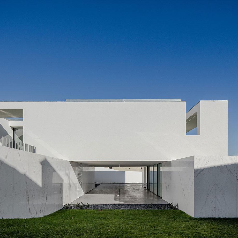 casa-touguinho-III-raulino-silva-arquitecto (12)
