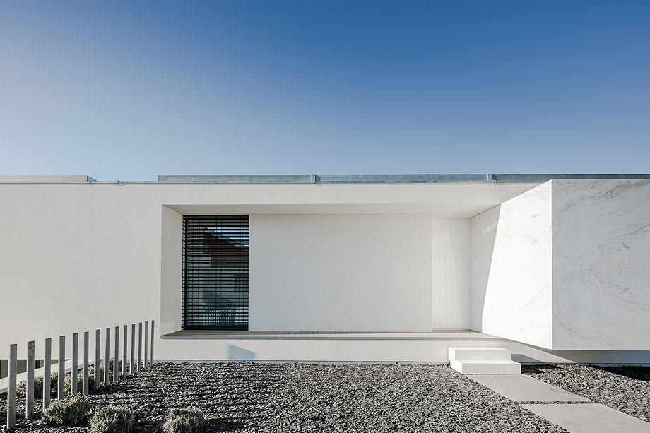 casa-touguinho-III-raulino-silva-arquitecto (13)