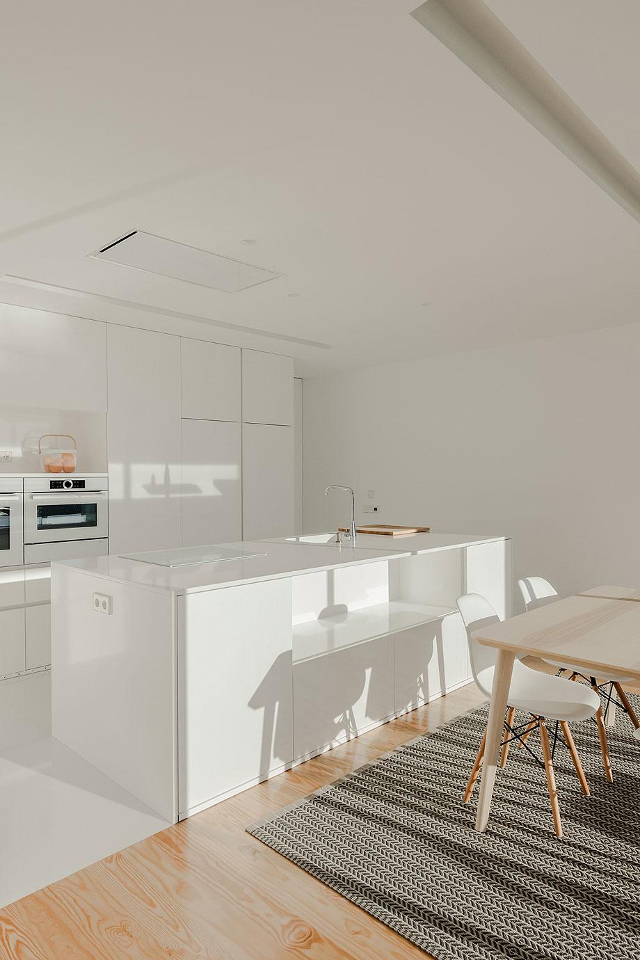 casa-touguinho-III-raulino-silva-arquitecto (4)
