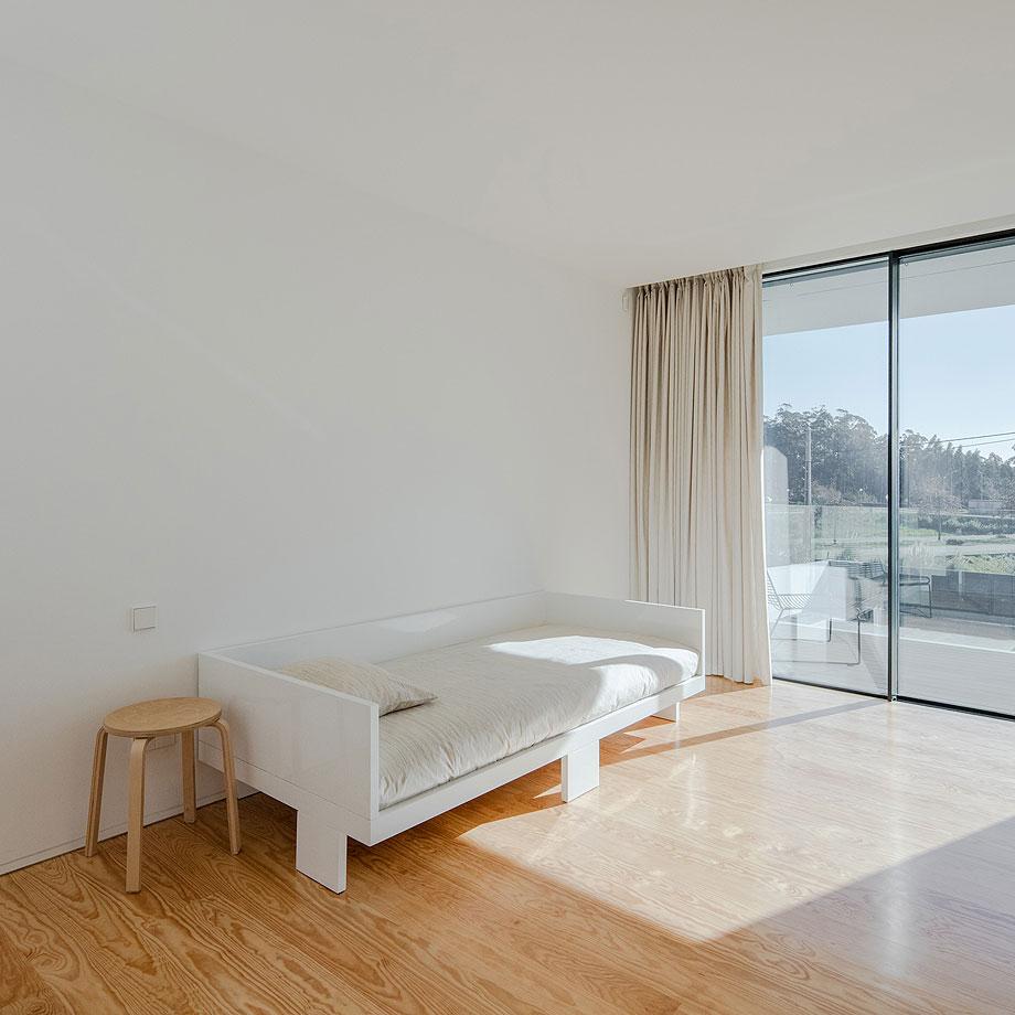 casa-touguinho-III-raulino-silva-arquitecto (6)
