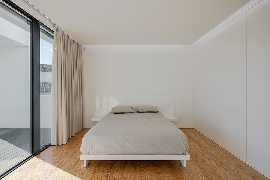 casa-touguinho-III-raulino-silva-arquitecto (8)