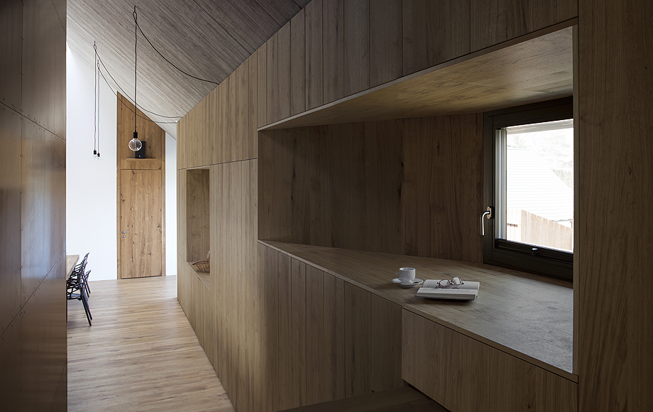 chimney-house-dekleva-gregory-architects (5)