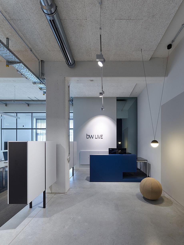 oficinas-bw-live-studio-alexander-fehre (2)