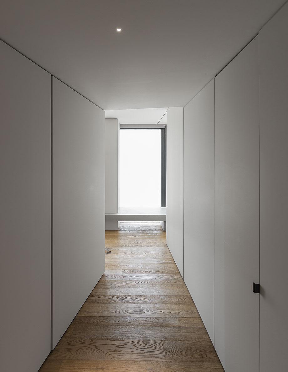 la-casa-de-chiara-y-stefano-por-duearchitetti-(13)