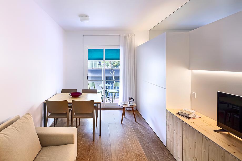 vivienda de alquiler diseño low cost agusti costa (10)