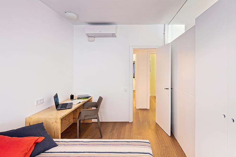 vivienda de alquiler diseño low cost agusti costa (14)