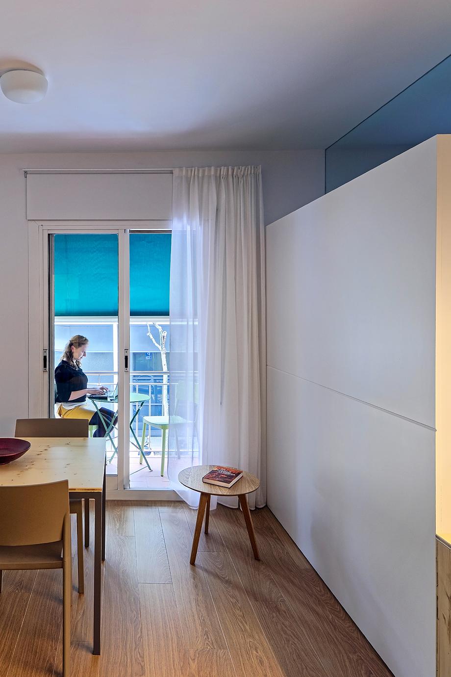 vivienda de alquiler diseño low cost agusti costa (16)