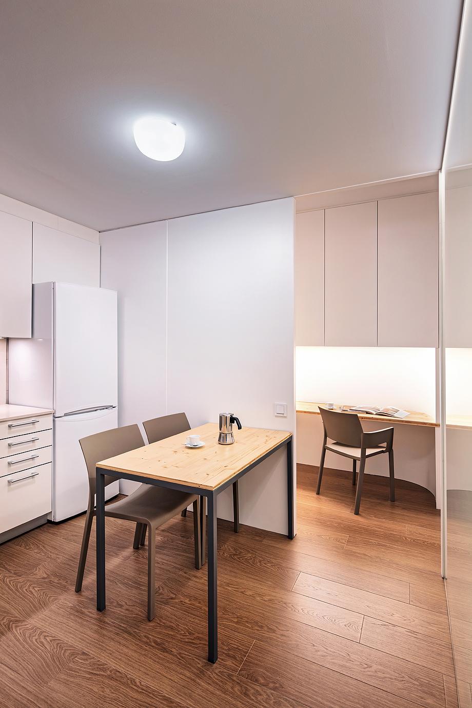 vivienda de alquiler diseño low cost agusti costa (6)