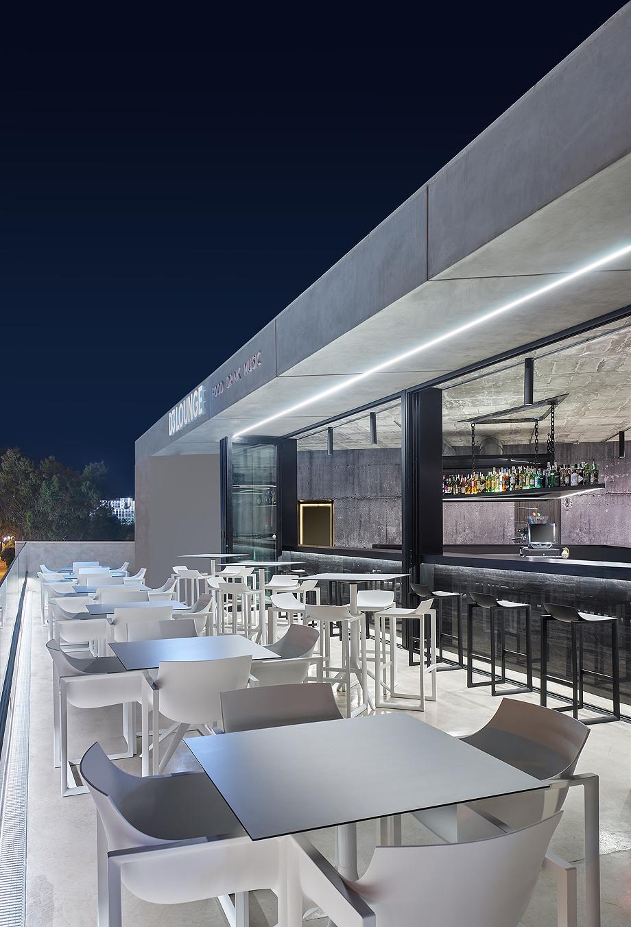 D3 Disco by Minimal Studio. Architect: J.David Martinez Jofre