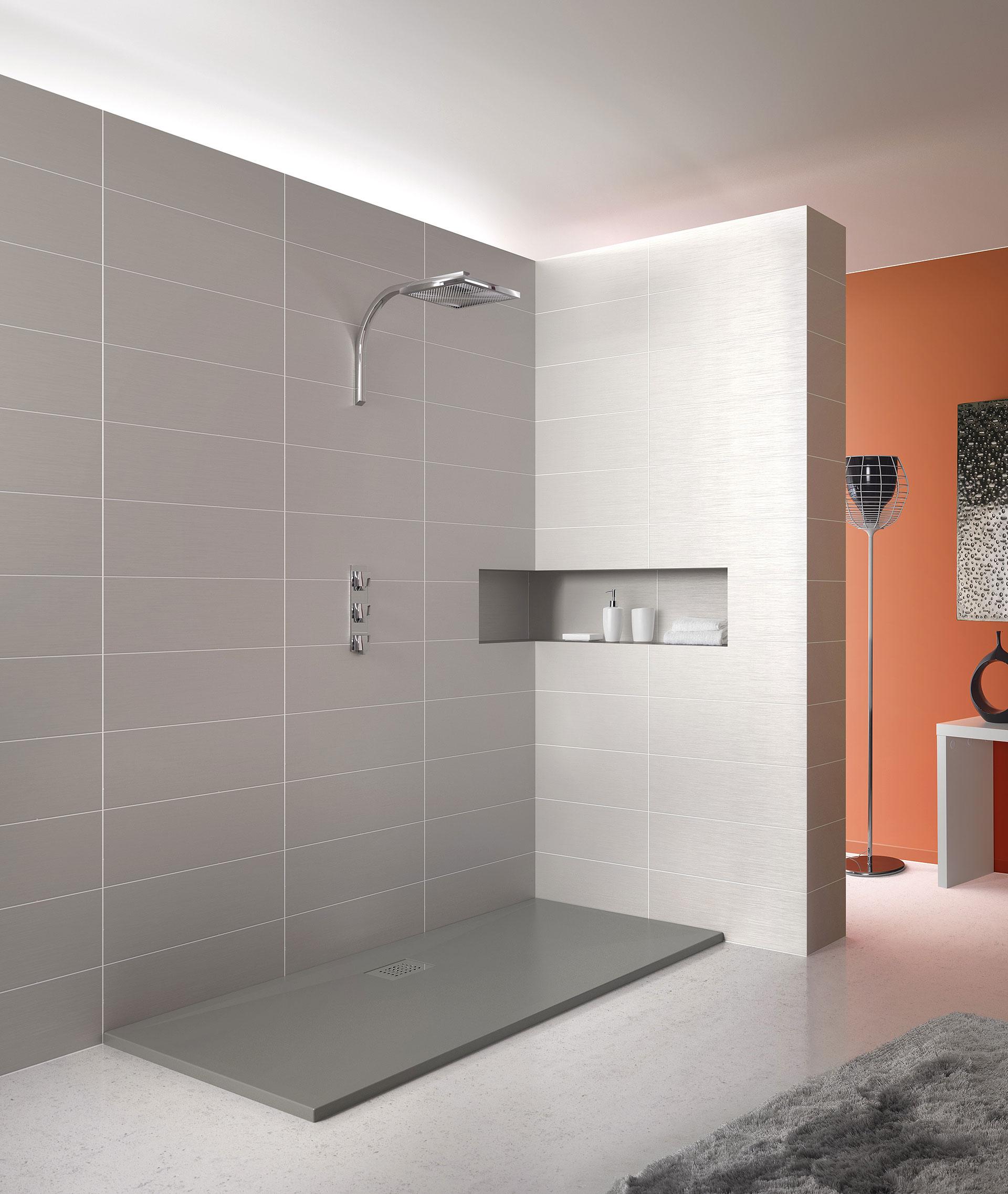 Modernos platos de ducha de grandform for Platos de ducha barcelona