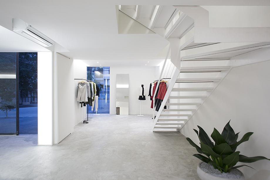 showroom egrey de mnma studio (12)