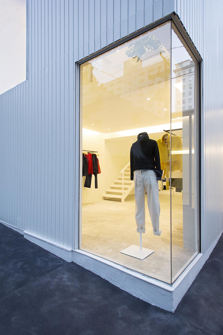 showroom egrey de mnma studio (16)