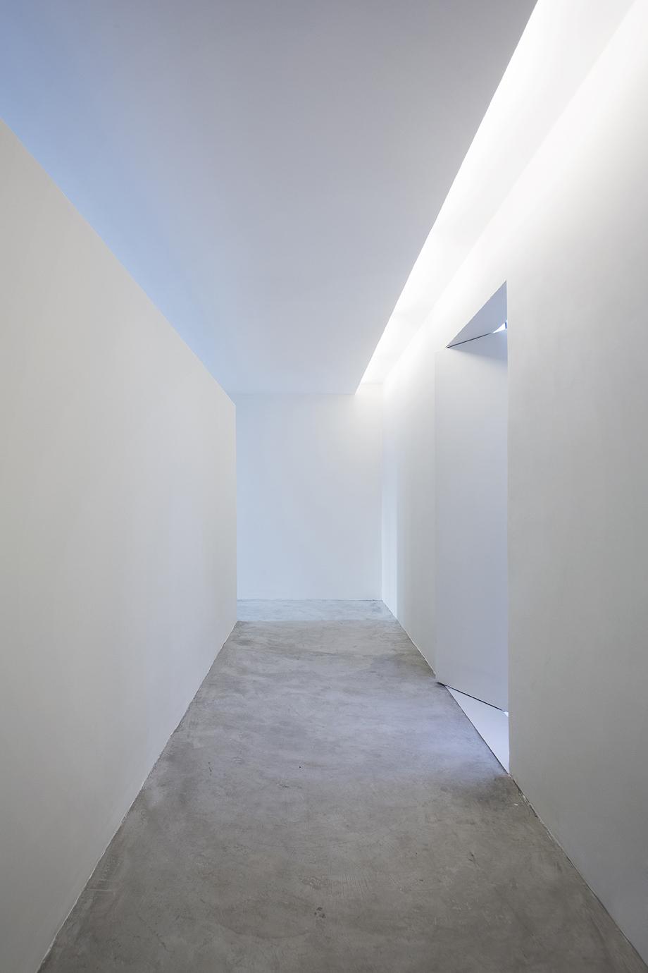 showroom egrey de mnma studio (2)