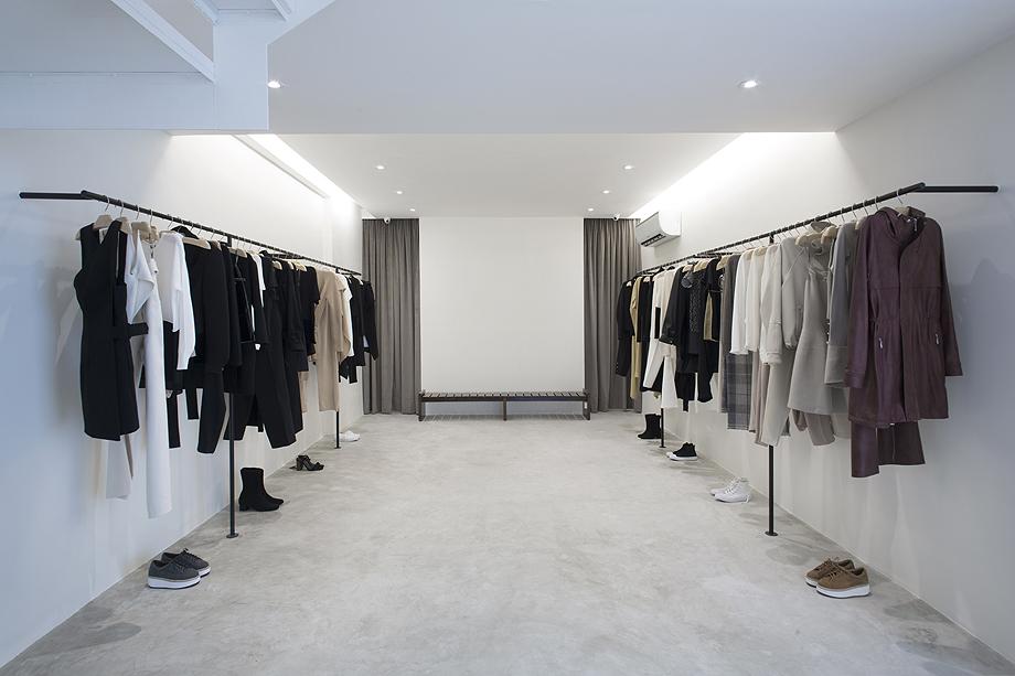 showroom egrey de mnma studio (8)