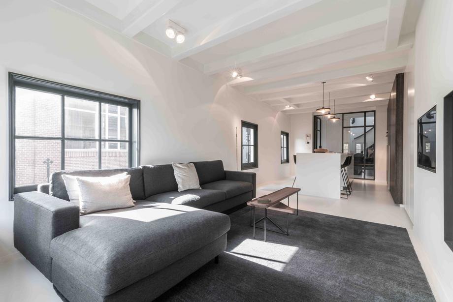 apartamento en amsterdam de guillem benoit con hi-macs (1)
