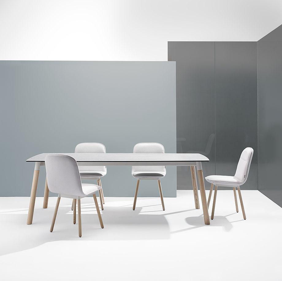 koln-yonoh-mobliberica-seating-mesa-table-comfort (1)