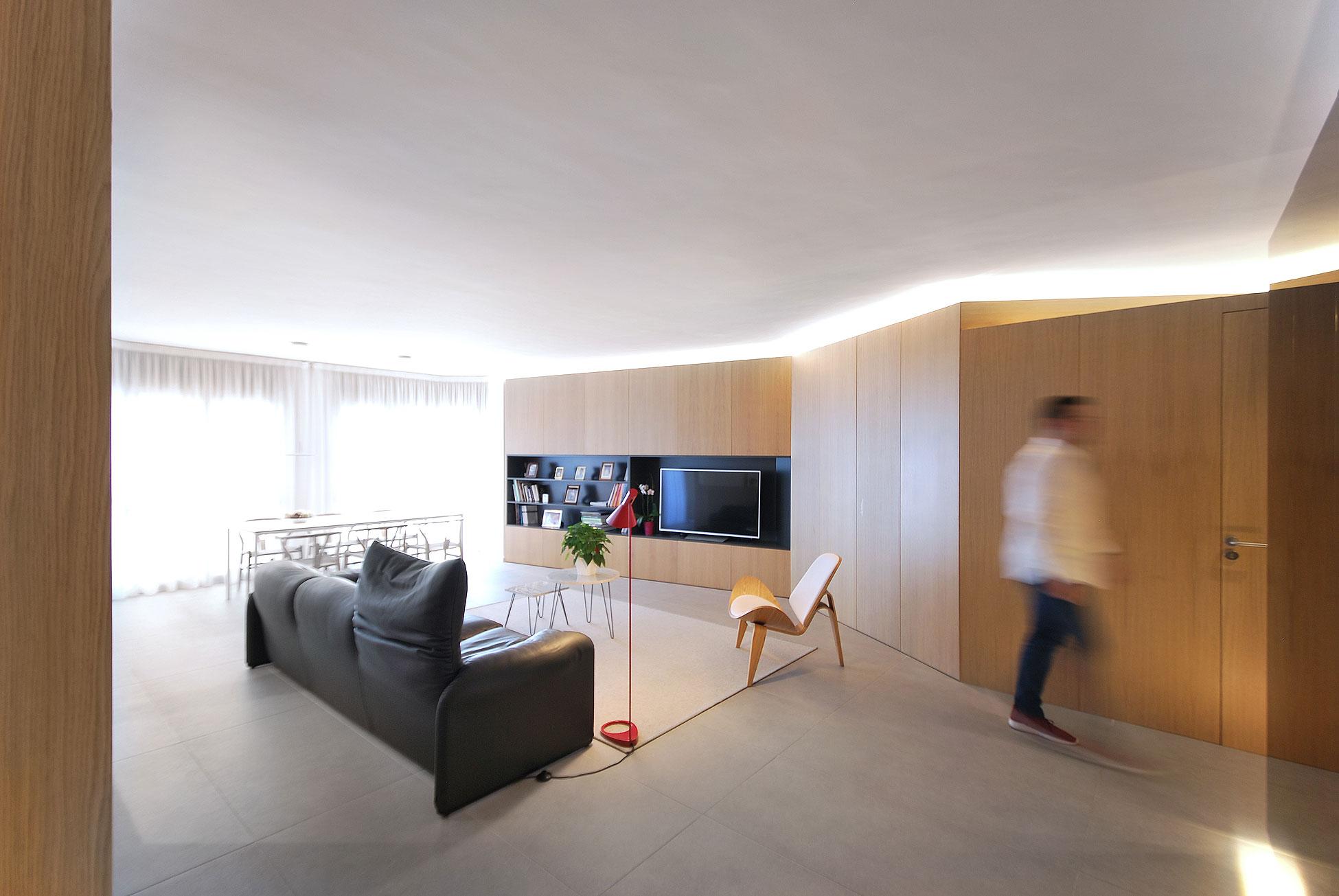 Mappa arquitectos pone al d a un piso de los 39 90 for Diseno de interiores en los anos 90