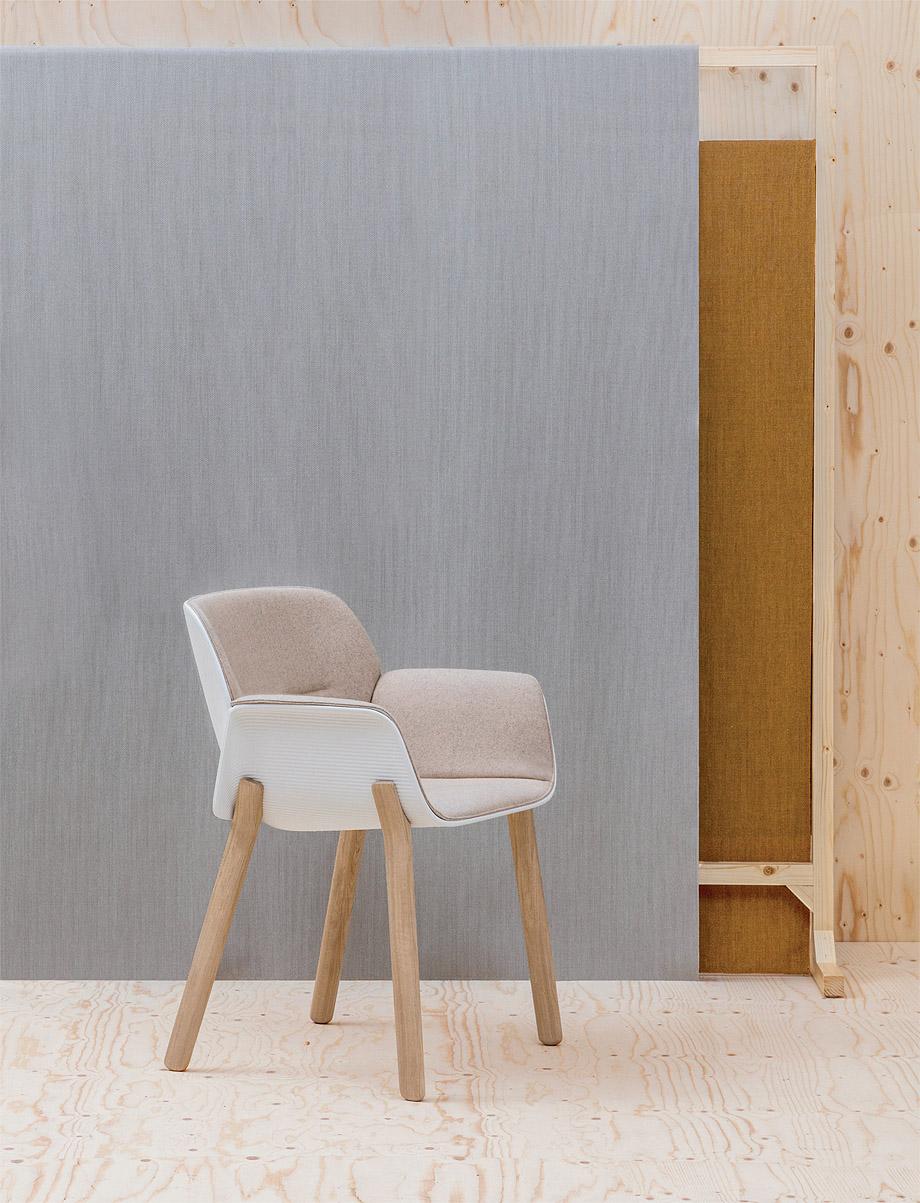 silla nuez de patricia urquiola y andreu world (3)