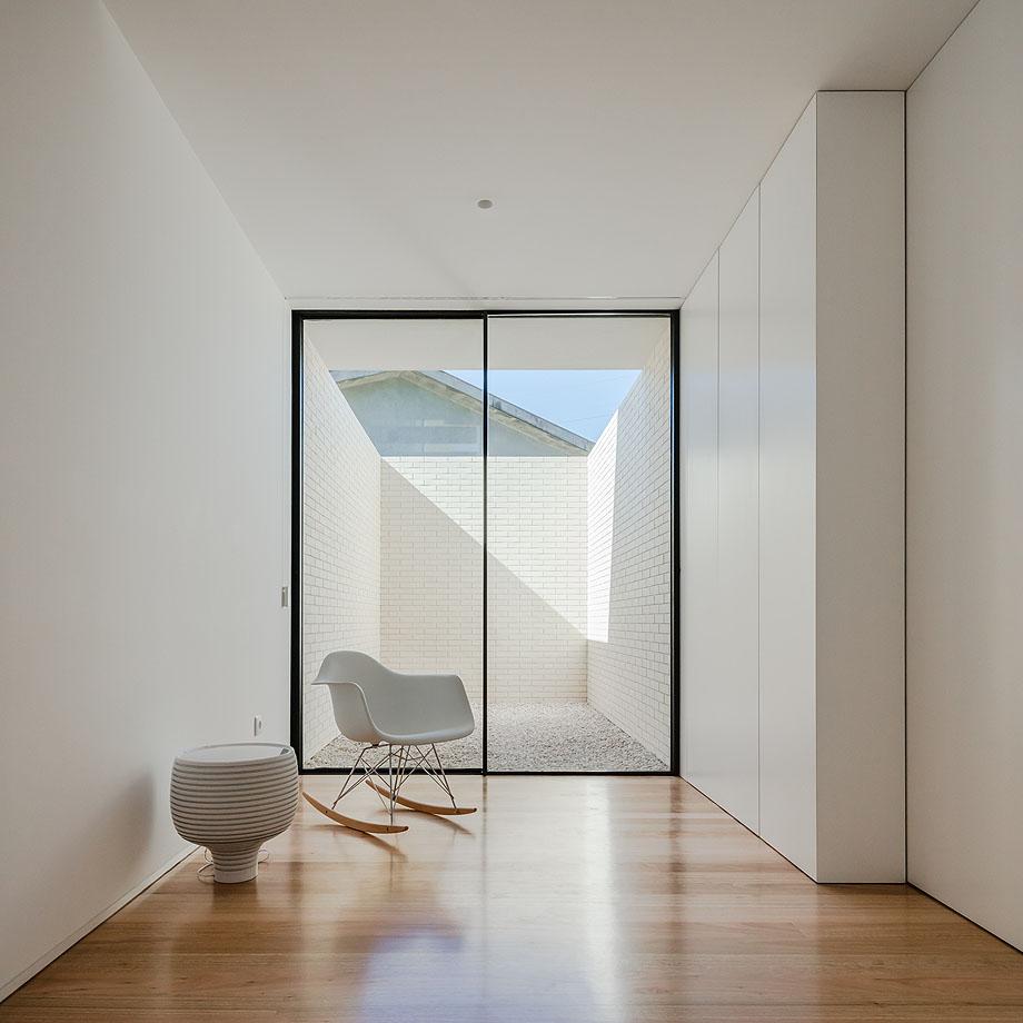 Casa Touguinha - Raulino Arquitecto (1)