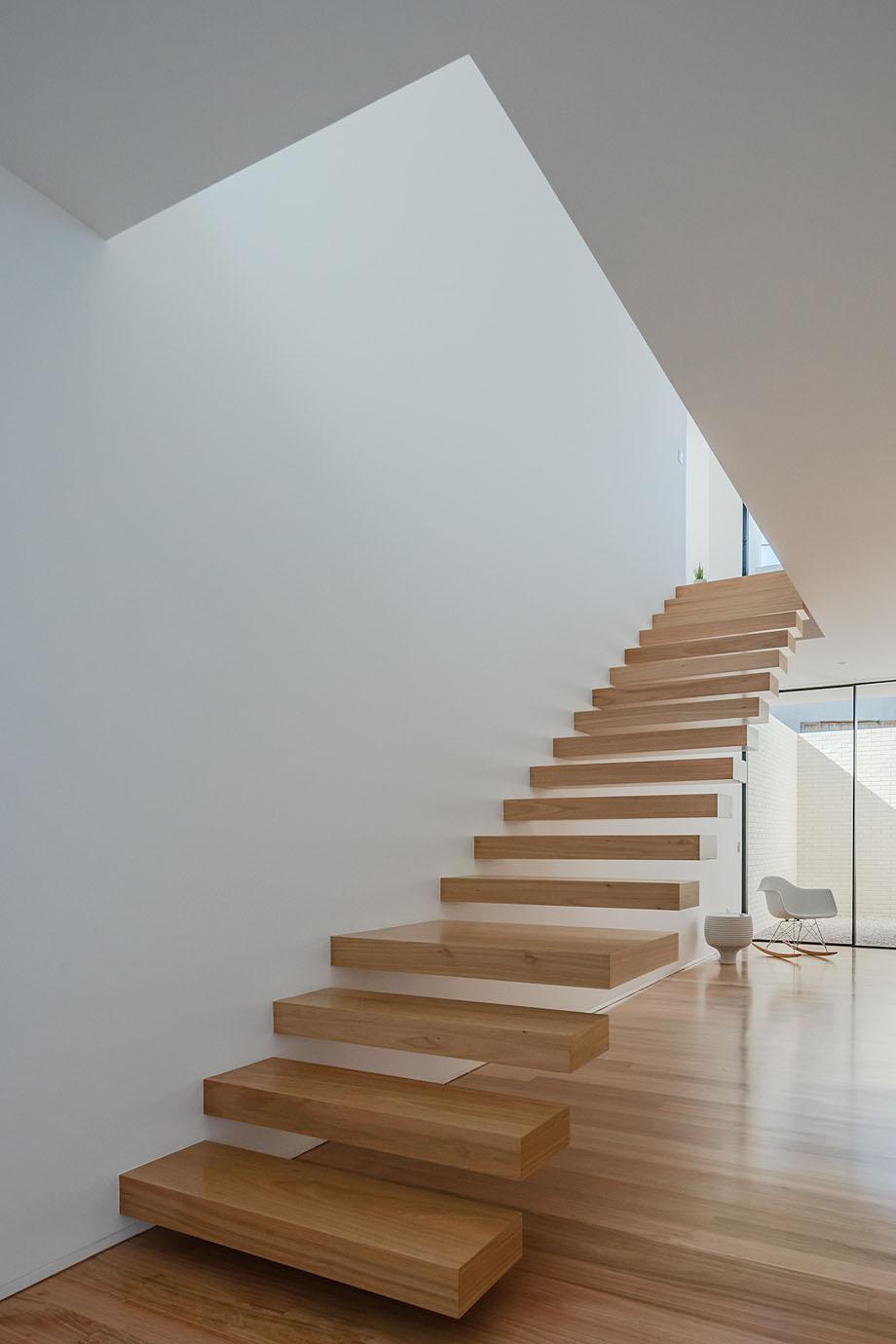 Casa Touguinha - Raulino Arquitecto (2)